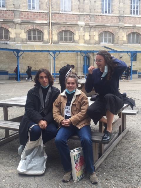 """Tom, Tessa et Isaure : """"« La prépa c'est ce je ne sais quoi ! »."""