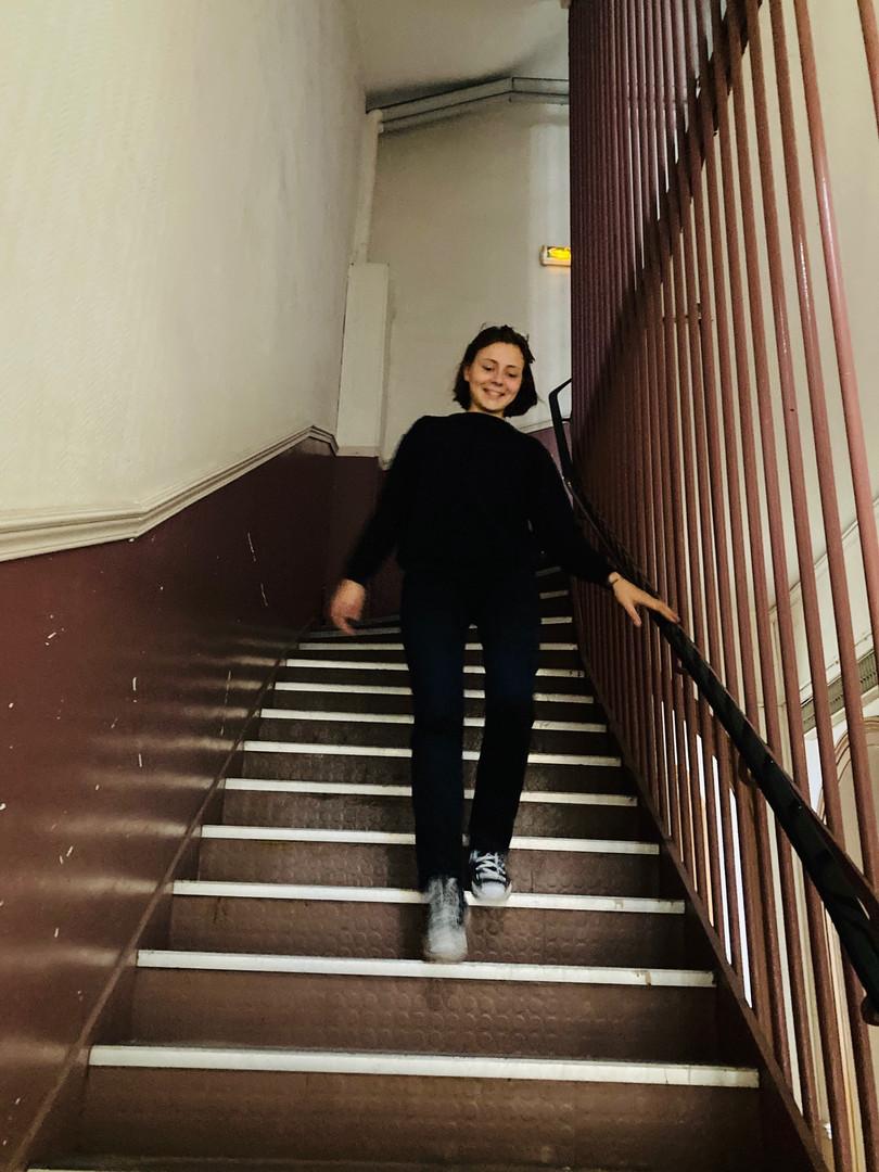 Sibylle : «La métaphore de l'escalier : la prépa est un escalier, on commence au plus bas et on finit tout en haut (sauf dans mon cas apparemment) »