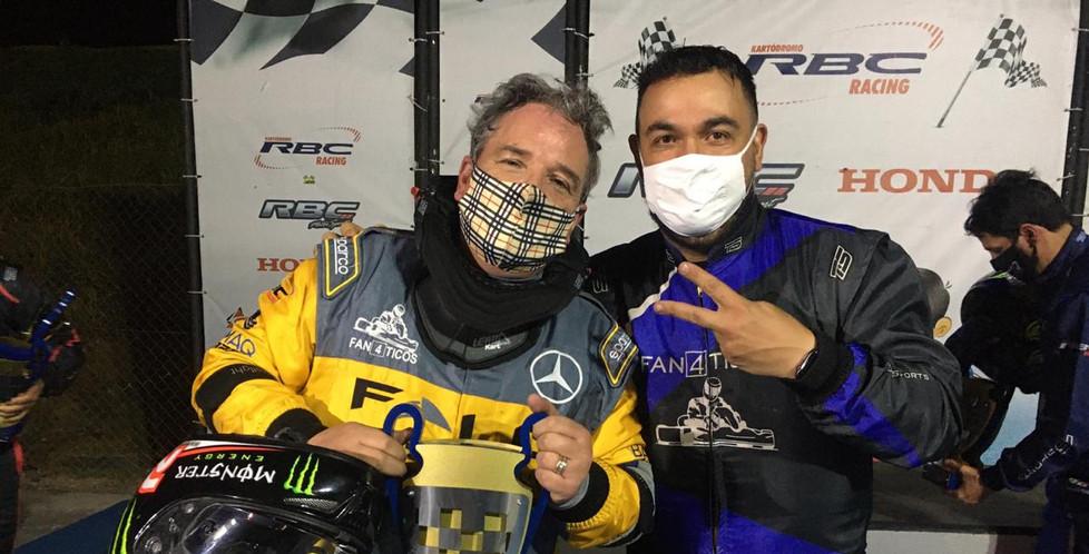Presidente dos Fan4ticos Léo Oliveira com o Vice Campeão Cacau Nunes