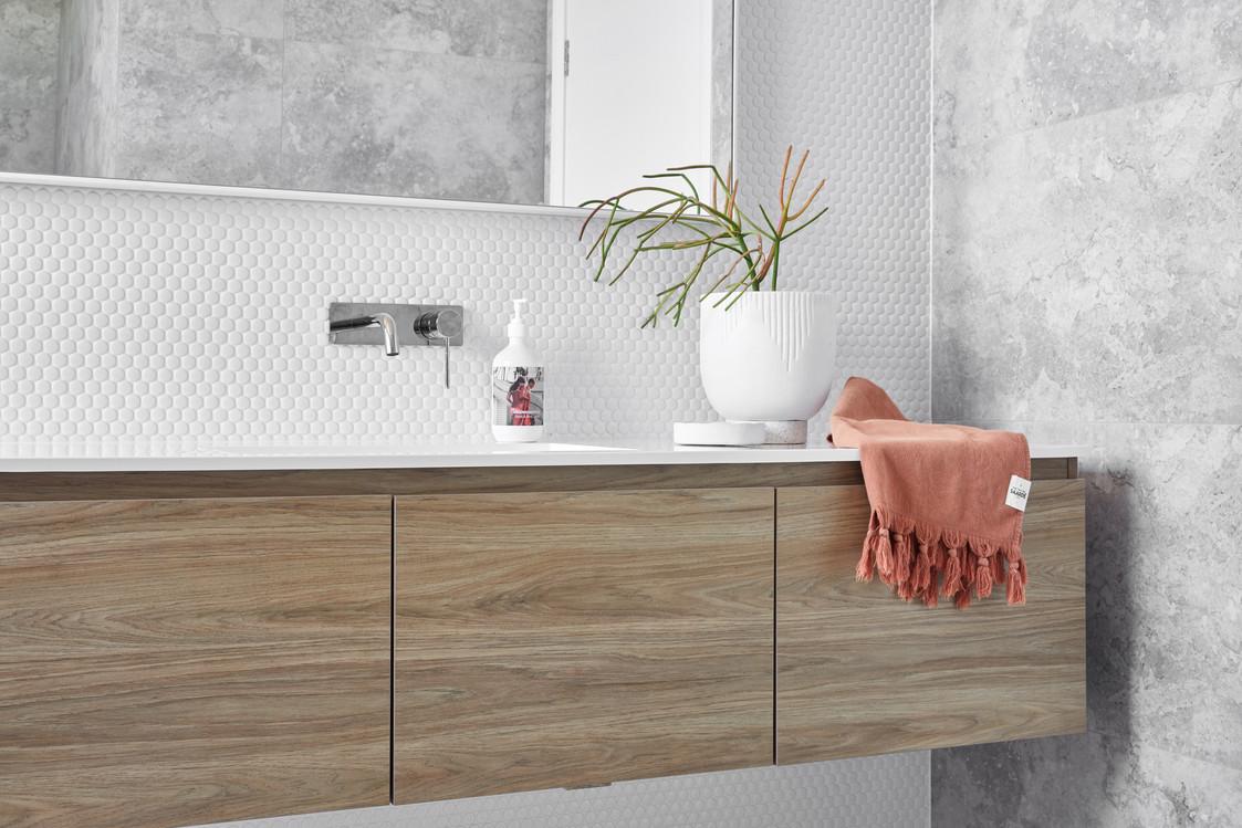Squires Crescent Coledale, bathroom