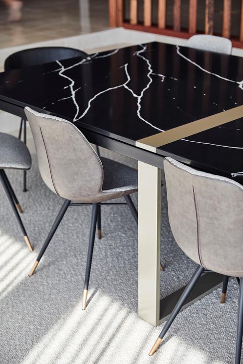 Mountain View Avondale, custom table detail
