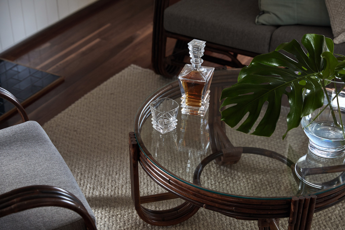 Corbett Avenue Thirroul, furniture detail