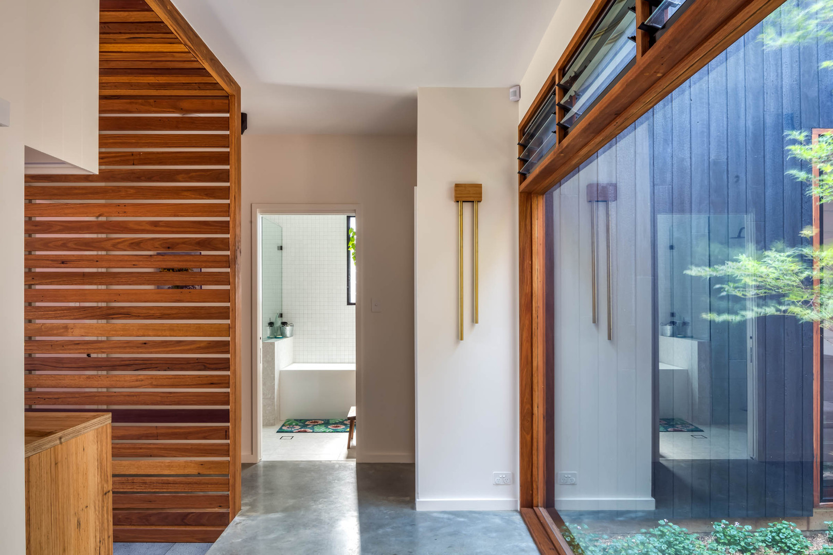 Japandi House Towradgi, hall