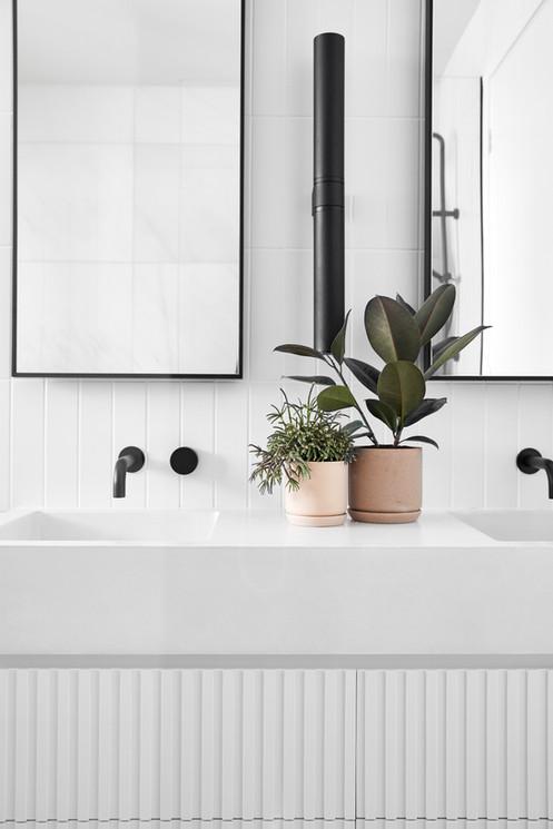 Mountain View Avondale, bathroom