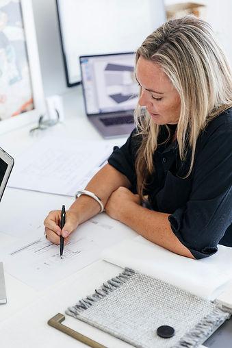 "<img src=""20191128_RachMiklas_Portraits_Web-38.jpg"" alt=""Rachael Miklas Design Detail Interior Designer"">"