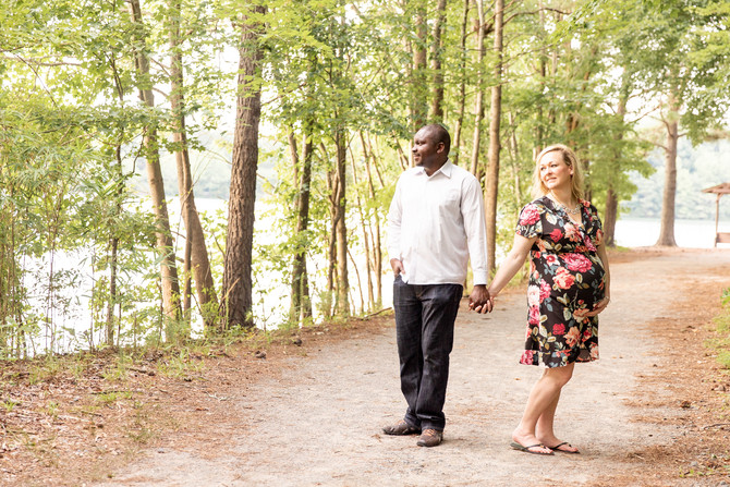 Oak Grove Park | Megan and Zack Maternity