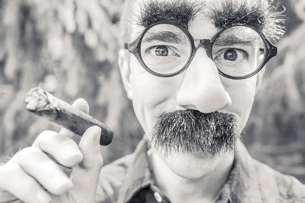 beard-black-and-white-cigarette-543.jpg