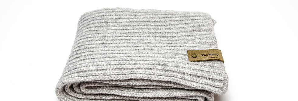 Oyster Ribbed Merino Scarf by Inis Meáin
