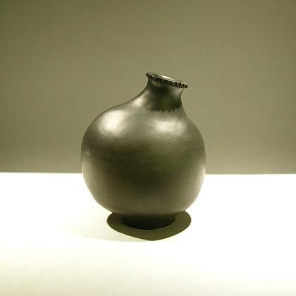 Cloonmore Smoke Fired Single Flower Vase