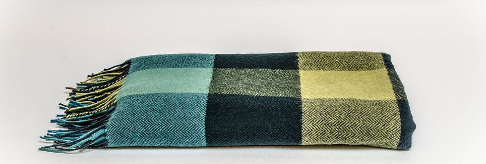 Peacock Large Check Throw by Foxford
