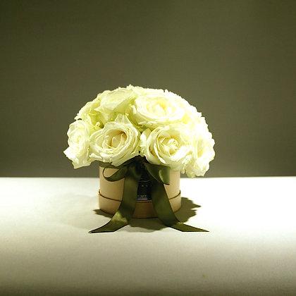 Luxury White Rose Gift Box