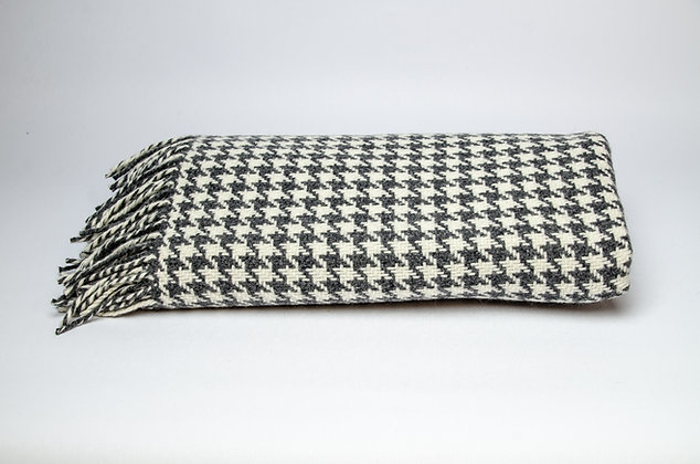 Oxford Houndstooth Throw by Foxford