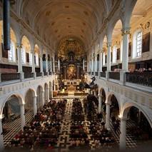 Antwerpen-Carolus-Borromeuskerk-2.jpg
