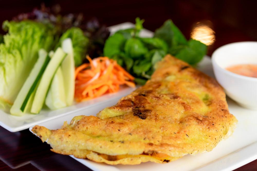 Banh Xeo (Vietnamese Omelette)