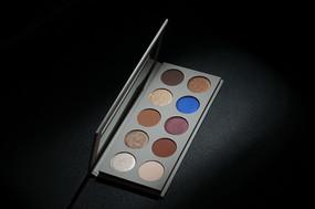 KKW X MARIO Eyeshadow Palette