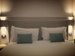 Testate del letto imbottita