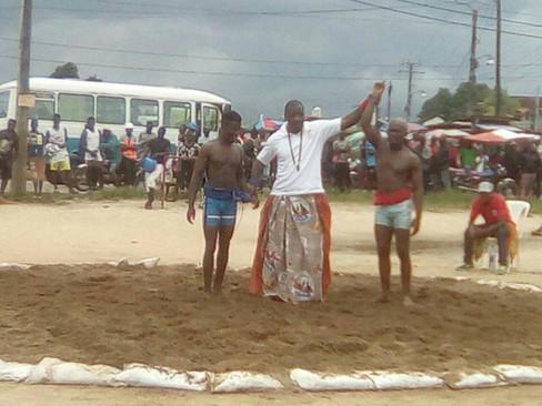 (Blaise NONGA) Lutte traditionnelle, sport folklorique et ancestral