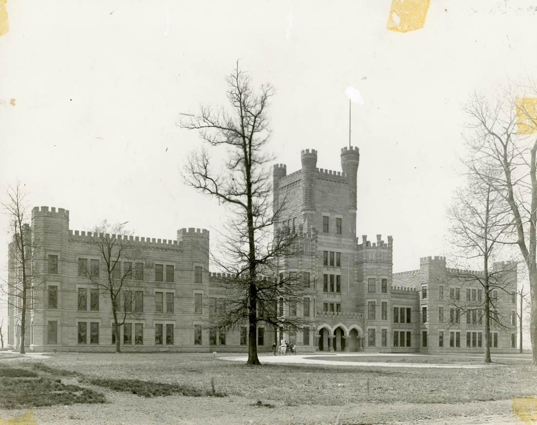 Old Main, 1900