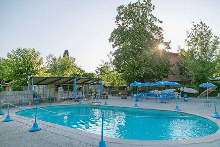 camping-con-piscina-marina-di-massa.jpg