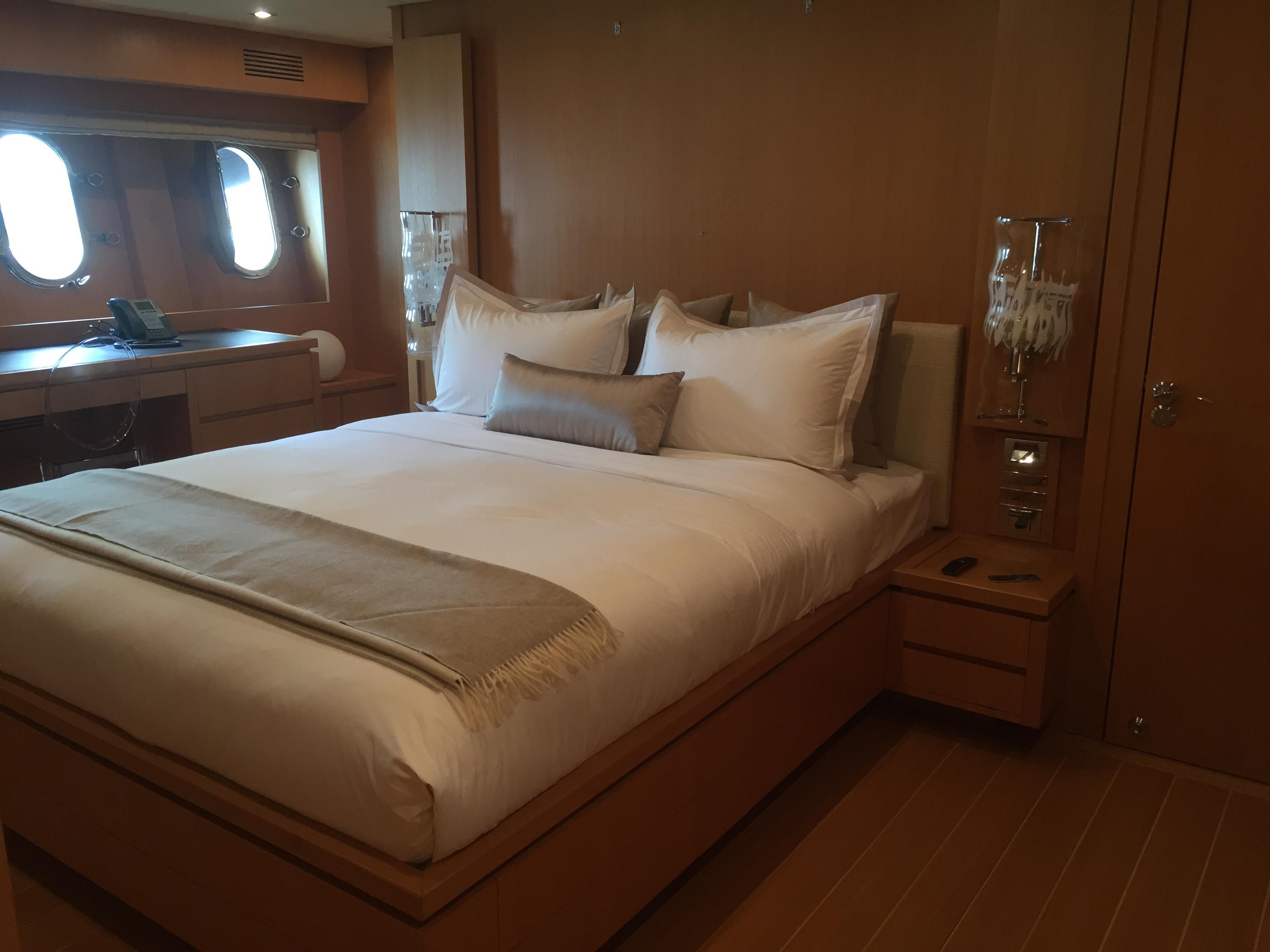 crisp percale bed linens