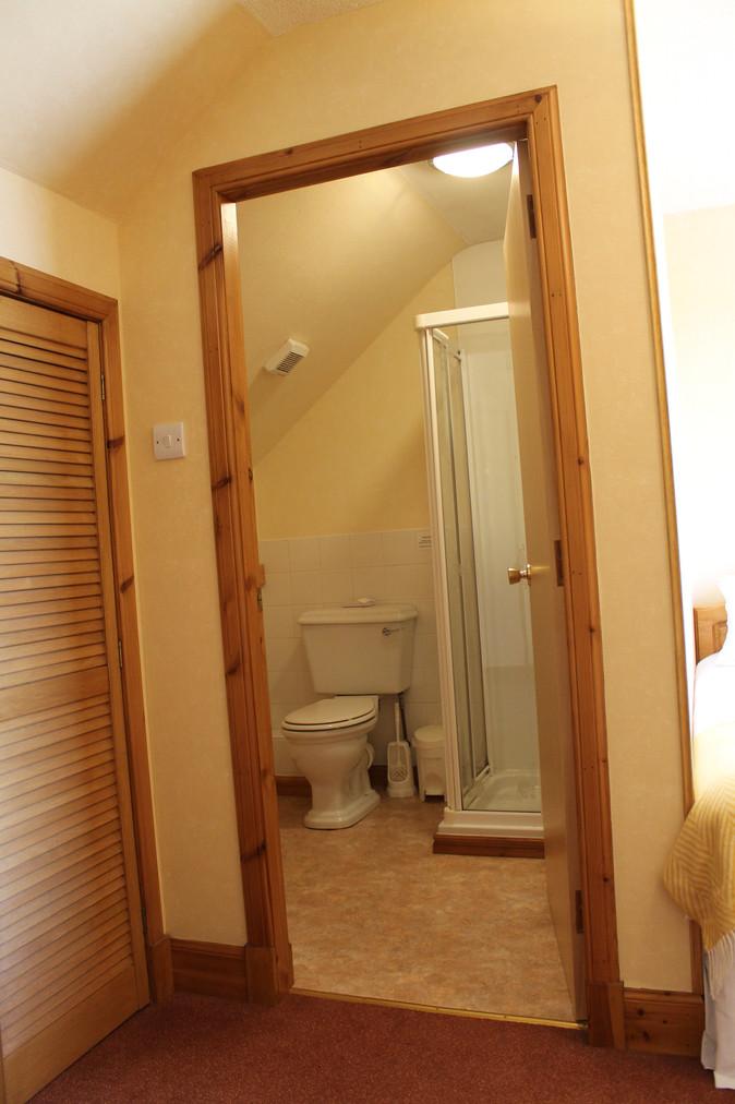 Room 5 Ensuite