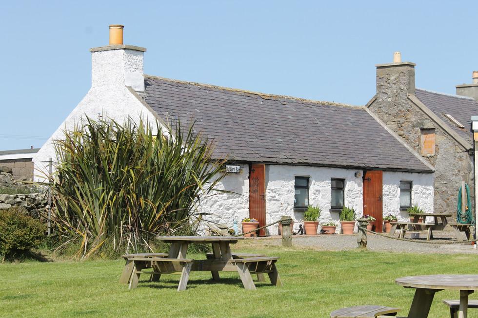 Old Barn Bar and Garden