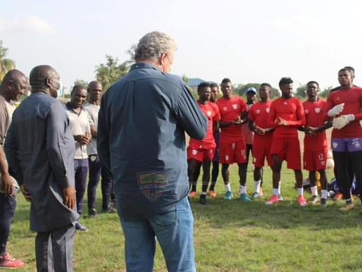 New Hearts coach Kosta Papic meets playing body