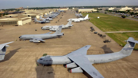 Relatório Militar: As Forças Armadas obsoletas dos EUA não conseguiriam enfrentar China e Rússia