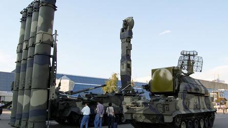 Decisão da Ucrânia de transferir aos EUA o sistema de defesa aérea russo S-300PT debilitará o país