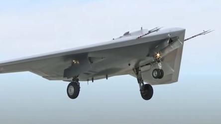 Okhotnik: Novo drone invisível russo criado para caçar aeronaves testou desempenho de combate ar-ar