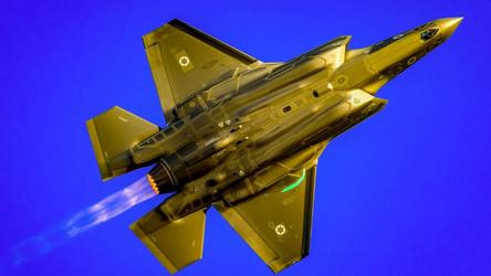 Como a Rússia responderá ao aparecimento de caças raptors a uma hora de voo de suas fronteiras?