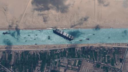 China olha para o Ártico para evitar outra desaceleração do Canal de Suez