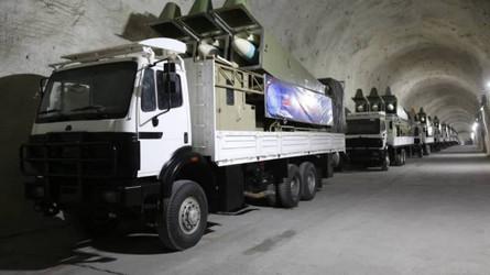 Irã mostrou a nova base de mísseis do qual todo o Golfo Pérsico é alcançado