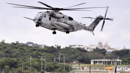 Cidadãos japoneses exigem que helicópteros americanos parem de voar em altitudes baixas e perigosas