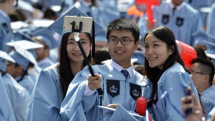 EUA continua bloqueando mais estudantes chineses de suas universidades