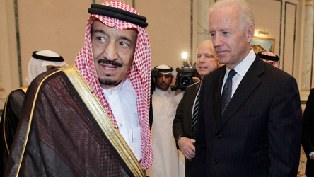 Governo Biden retirou três baterias Patriot da Arábia Saudita e removerá um porta-aviões na região