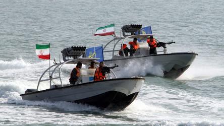 Israel e a represália pelo ataque iraniano ao cargueiro e as relações entre os EUA e o Golfo