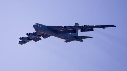 Pentágono ordena voos de B-52 ao Oriente Médio para impedir ataques iranianos a tropas dos EUA