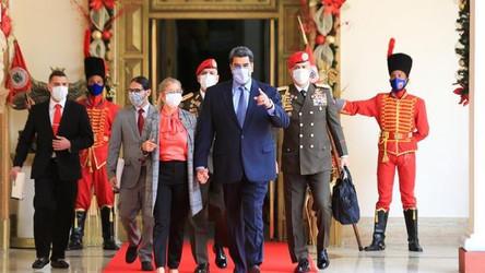 """Venezuela: Maduro espera ter """"relações melhores"""" com os Estados Unidos"""