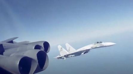 Interceptações perigosas: Pilotos americanos falaram da adrenalina dos caças russos