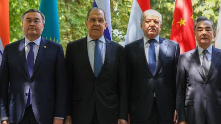 Pepe Escobar: Rússia-China avançam roteiro asiático para o Afeganistão