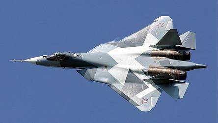 Top Gun: Tom Cruise se envolverá no filme em duelos com jatos de combate russos Su-57
