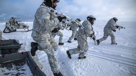 Interesse Nacional: os EUA não têm uma estratégia clara para conter Rússia e China no Ártico