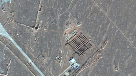 Irã constrói instalação nuclear subterrânea em meio às tensões dos EUA