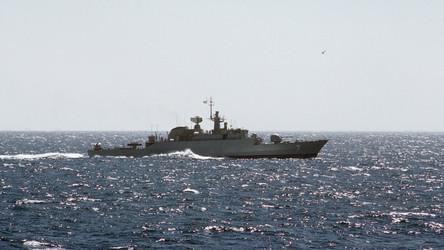 Navios de guerra iranianos armados com mísseis de cruzeiro dirigem-se em direção aos EUA
