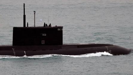 Aeronaves da OTAN procuram submarino russo conhecido por 'buraco negro' há 4 dias no Mediterrâneo