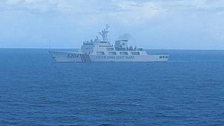 China dá à guarda costeira poder para atirar em navios estrangeiros em águas disputadas