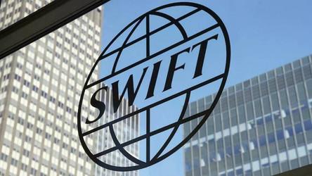 Rússia e a China iniciarão confronto com os EUA deixando a SWIFT?