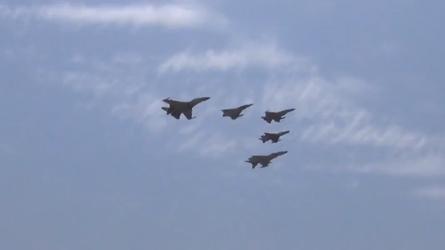 Forças aéreas do Paquistão e da China iniciam exercícios em conjunto