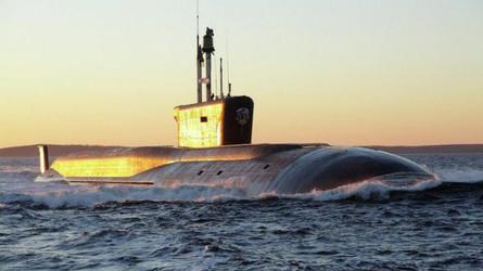 Publicação Chinesa: Submarino russo no Canal da Mancha deixou britânicos nervosos
